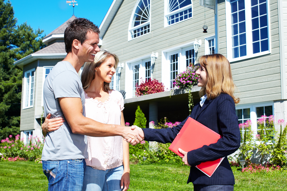 Ways to earn cash by selling or buying houses professionally